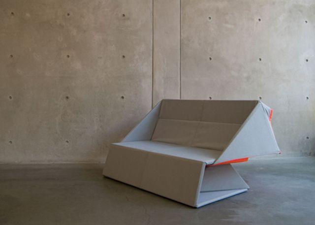 Origami-Sofa-by-Yumi-Yoshida-1